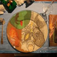 Table setting with decoupage plates